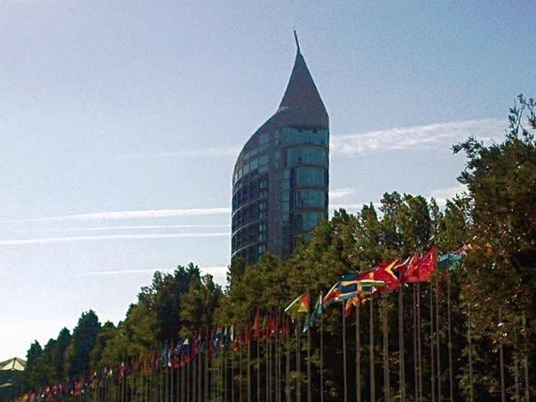 immeuble voile drapeaux 1