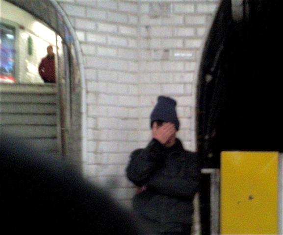 métro belleville à l'aveugle
