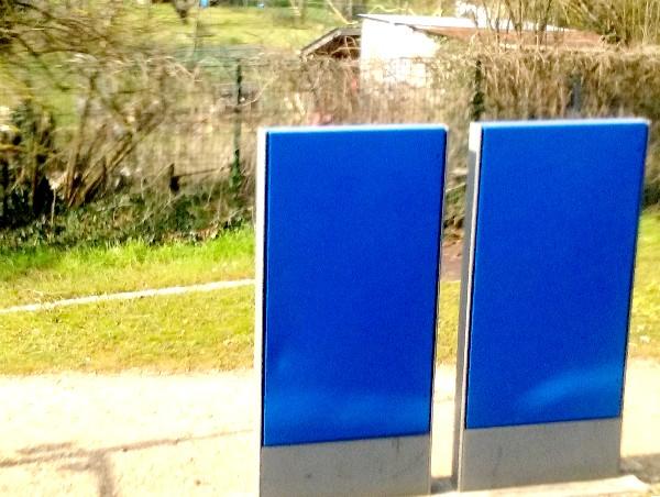 30 2 bleus sur le quai