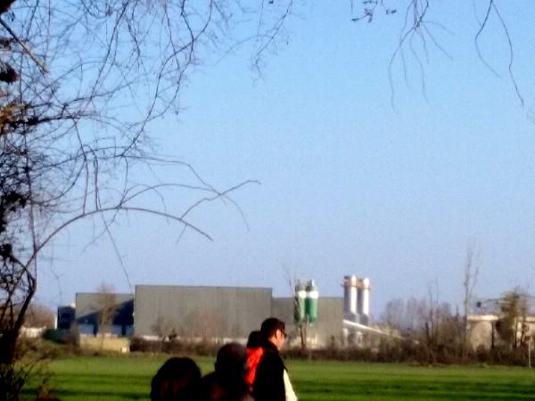 usine au loin 1