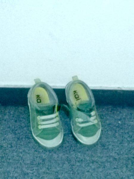 chaussures mômes en face