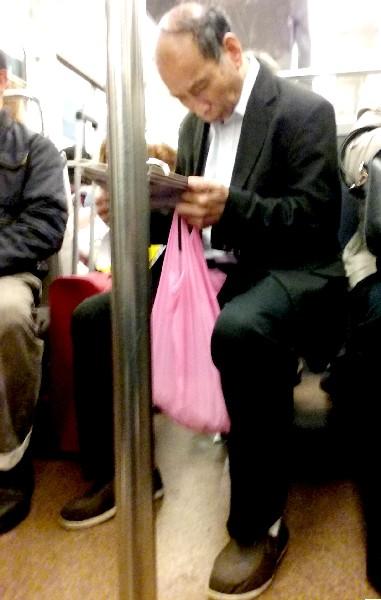 chinois sac rose métro