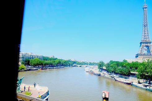 mariés tour Eiffel 2