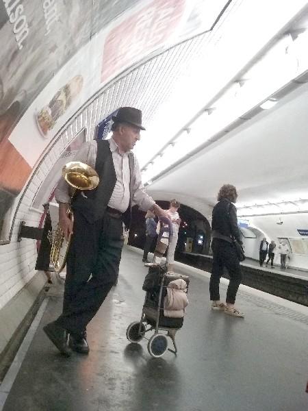 metro-tuba