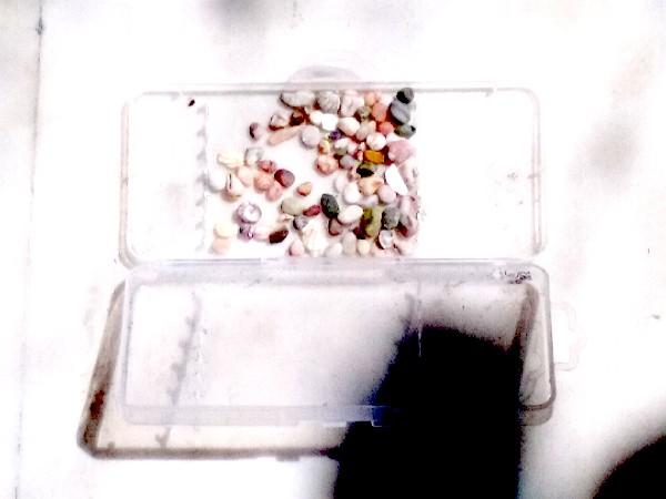 boite-cailloux-transparente