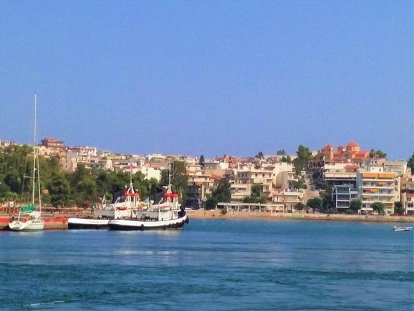 chalkis-port-1
